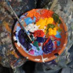 picture of an oil paint pallet